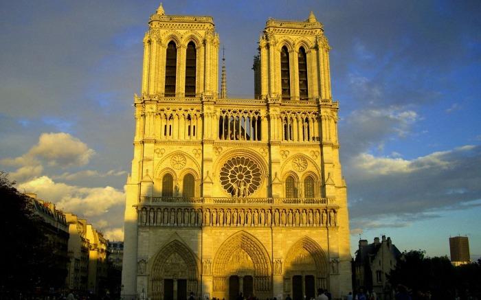 notre-dame-cathedral-paris_106383-1920x1200